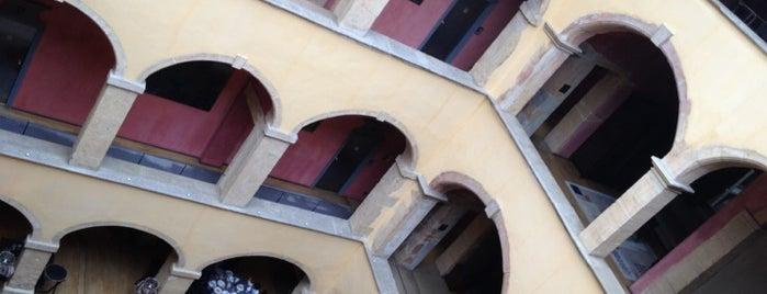 Hôtel Cour des Loges is one of Chic.