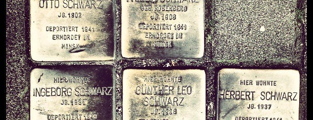 5 Stolpersteine Schwarz is one of Stolpersteine 1933 - 1945.
