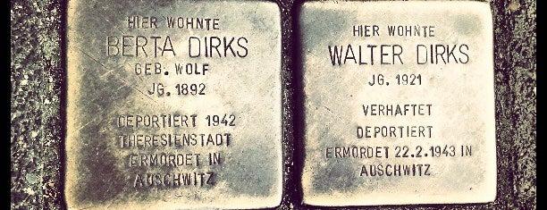 2 Stolpersteine Dirks is one of Stolpersteine 1933 - 1945.