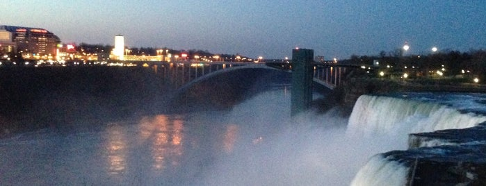 Bridal Veil Falls is one of Niagara Falls Trip.