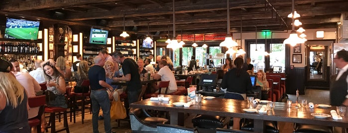 Louie Bossi's Ristorante Bar Pizzeria is one of The 15 Best Places That Are Good for Groups in Fort Lauderdale.