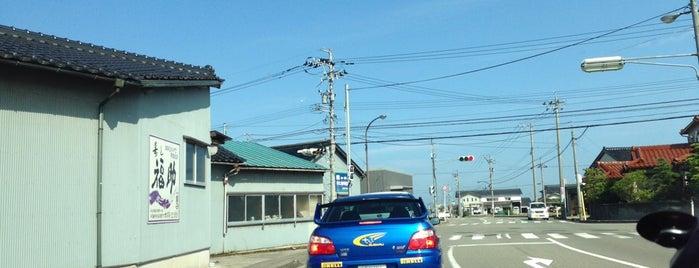 三谷町交差点 is one of こまつ.