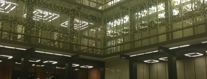 NYU Elmer Holmes Bobst Library is one of NYU Graduate Bucket List.