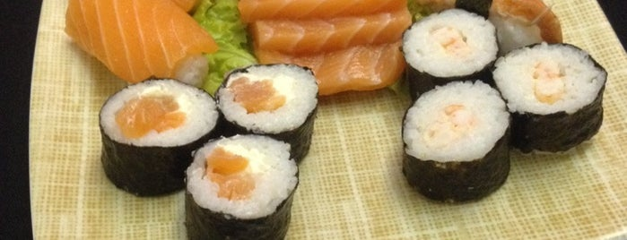 Sushi Grill - Comida Oriental is one of Compras.