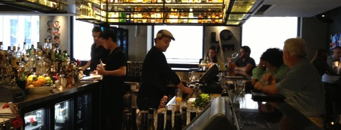 Gowings Bar & Grill is one of Sydneysider Foodies :D.