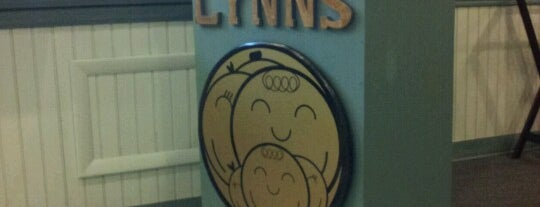 Lynn's Kitchen is one of Favorites.
