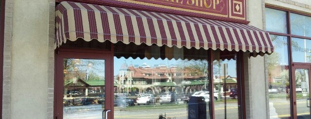 Carlo's Bake Shop is one of NJ To Do.