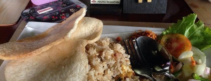 Pendopo Restaurant is one of Mesra Bussiness & Resort Hotel.
