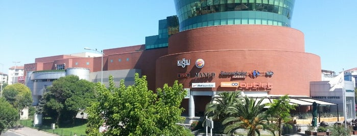 Olivium Outlet Center is one of Istanbul.