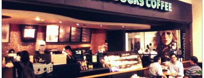 Starbucks is one of Empresas e Estabelecimentos de Botafogo RJ.