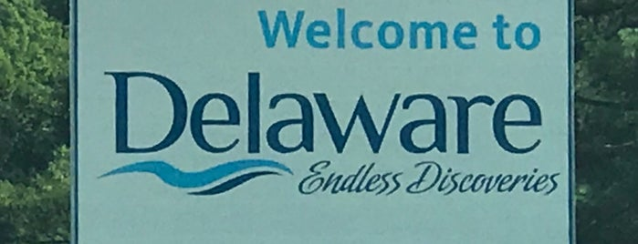 Delaware / Pennsylvania State Border is one of Been there / &0r Go there.