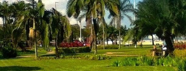 Jardim da Orla de Santos is one of Santos Cultural.