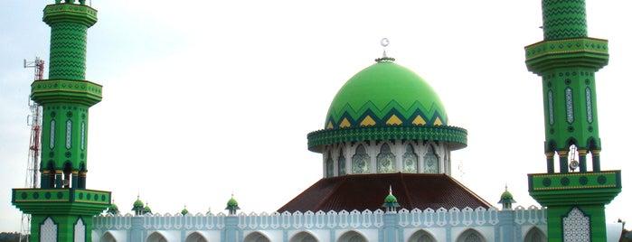 Masjid Jami Al'Ittihad is one of Kota Brebes (Decorate of Java) #4sqCities.