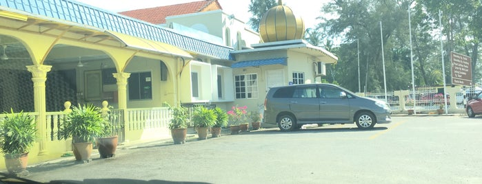 Masjid Jamek Jamaiyah is one of masjid.
