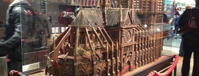 Petit Musée du Chocolat is one of The 15 Best Dog-Friendly Places in Paris.