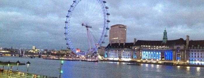 River Thames is one of Summer in London/été à Londres.