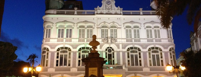 Hotel Madrid is one of Ruta de la Tapa Triana Siente.