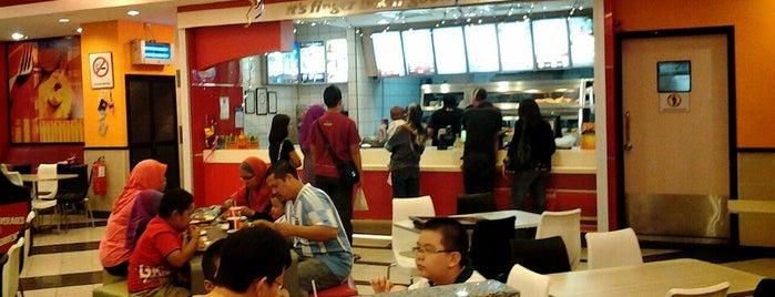 KFC is one of jalan2 cari makan seksyen 13 shah alam.