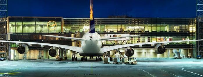 Lufthansa Flight LH 400 is one of World.