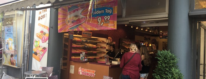 Dunkin' Donuts is one of Berlin.