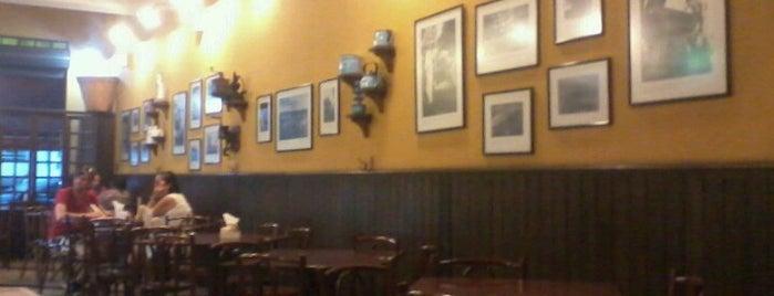 Paraná Café & Bistrô is one of Restaurantes.