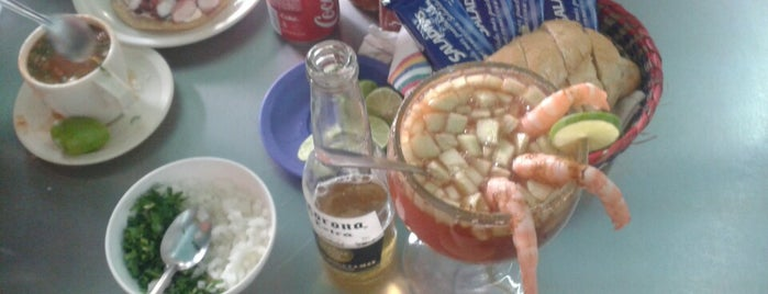 Pepes Mariscos is one of Lugares Chilangos Chidos.