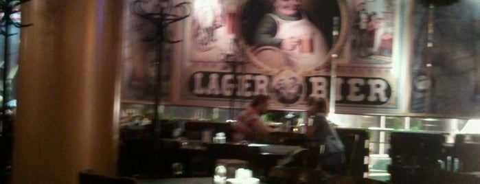Stella Artois Pub is one of ♥.