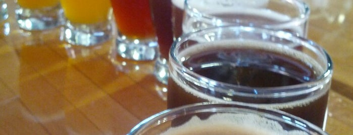 Woodfour Brewing Company is one of SF Bay Area Brewpubs/Taprooms.