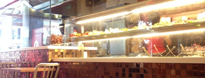 Prata Wala is one of SG Eating Places.