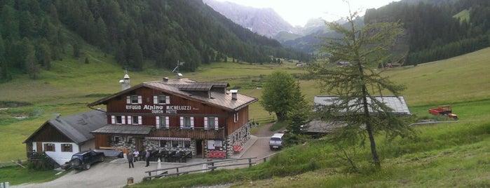 Rifugio Alpino Micheluzzi is one of FassaTour.