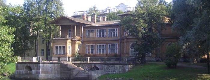 Дача Громова is one of Интересное в Питере.