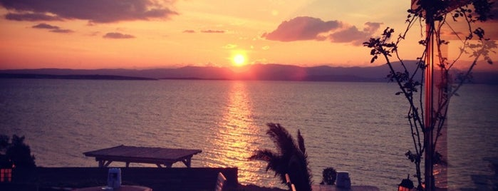 The Sunset Beach & Restaurant is one of Ege Akdeniz hevesi.