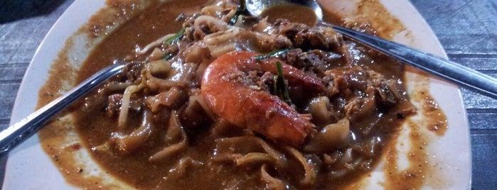 Char Kuey Teow Pulau Mutiara is one of Makan @ Melaka/N9/Johor #15.