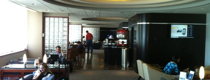 Delta Sky Club is one of Duncan.