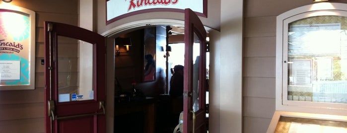 Kincaid's Fish, Chop & Steak House is one of Hawaii To Dos.