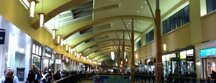 Jordan Creek Town Center is one of #visitUS in Des Moines, IA..