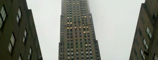 Rockefeller Center is one of New York City.