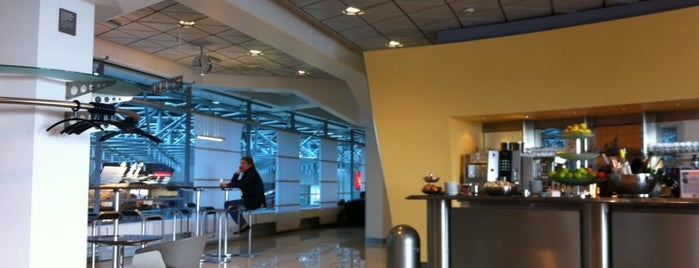 Lufthansa Senator Lounge is one of Airports.