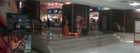 Cinemark is one of em Sampa.