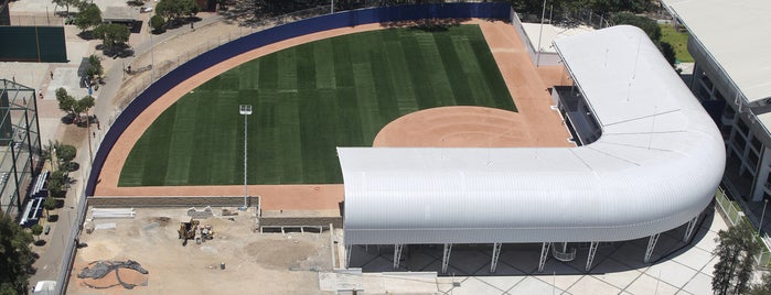 Estadio Panamericano de Softbol is one of Instalaciones / Venues.
