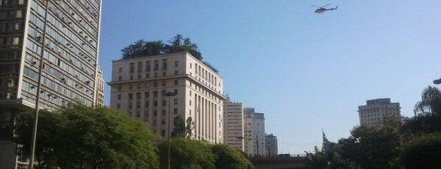Vale do Anhangabaú is one of Liberdade e Centro.