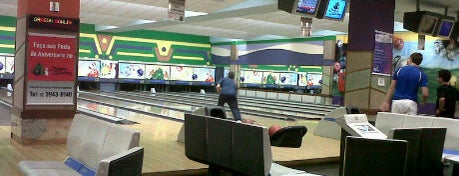 Dragon Bowling is one of Colinas Shopping.