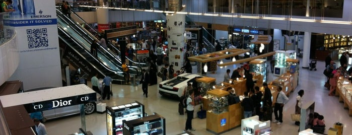 Doha International Airport (DOH) مطار الدوحة الدولي is one of My Switzerland Trip'11.