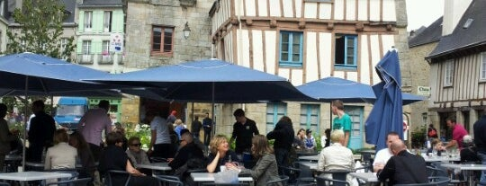 Place Terre au Duc is one of Quimper.