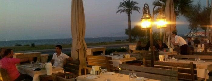 Floryalı Restoran is one of İzmir'de gidilecek yerler.