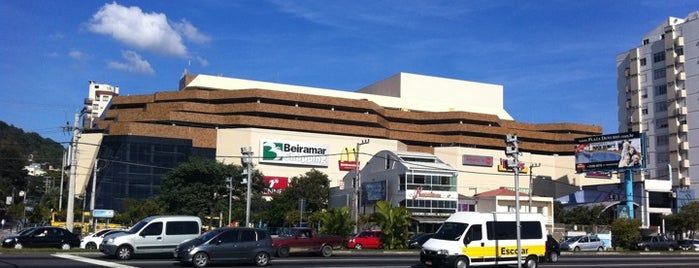 Beiramar Shopping is one of Comida boa!.