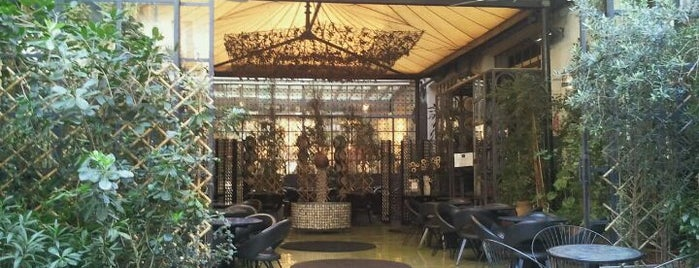 10 Corso Como is one of Best places in Milan.