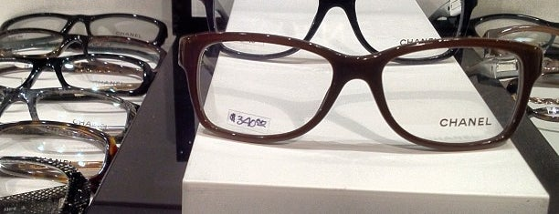 20/20 Eyeworks is one of Shopping.