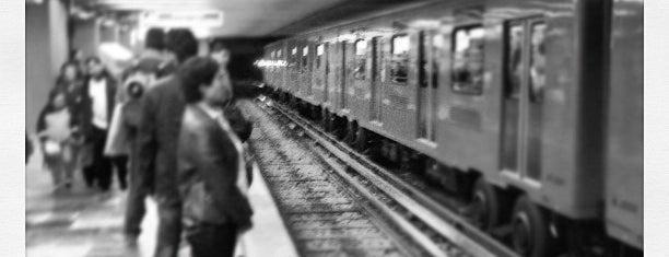 Metro Pino Suárez (Líneas 1 y 2) is one of Terminais!.