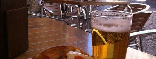 Cervecería El Trébol is one of 41 Bares imprescindibles de España.